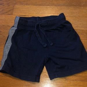 Children's place boys size 4 shorts